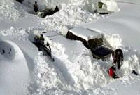 Завалы снега